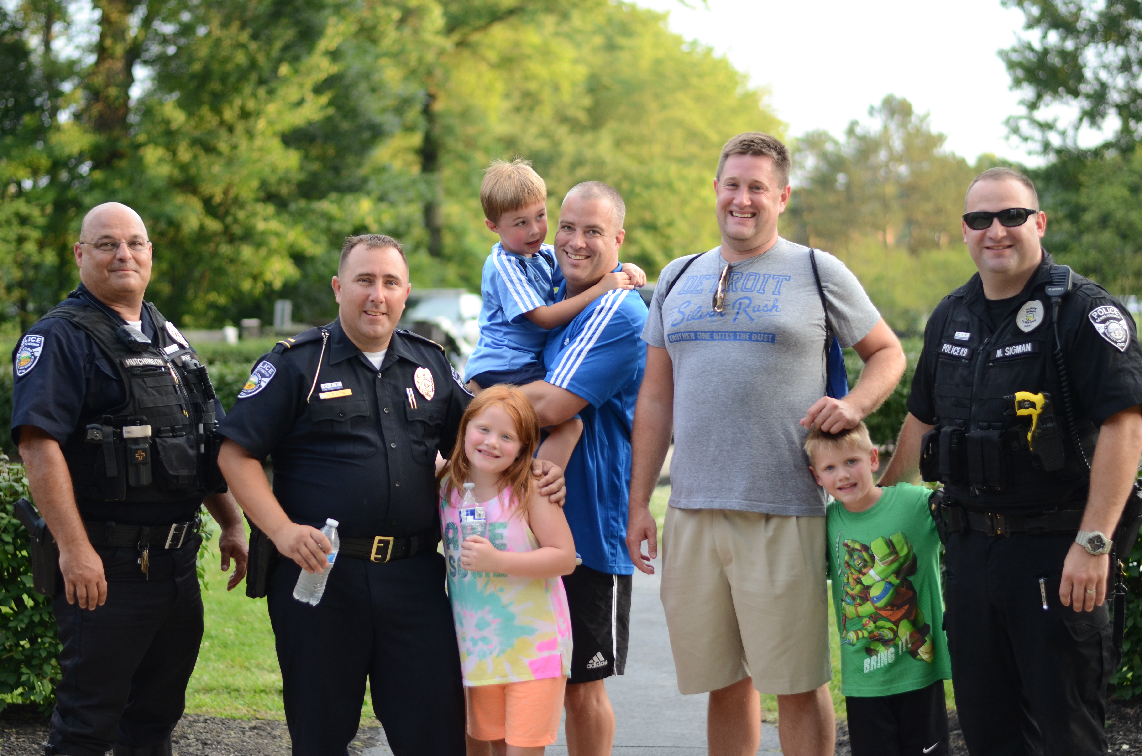 Police meet and greet at National Night Out 2017