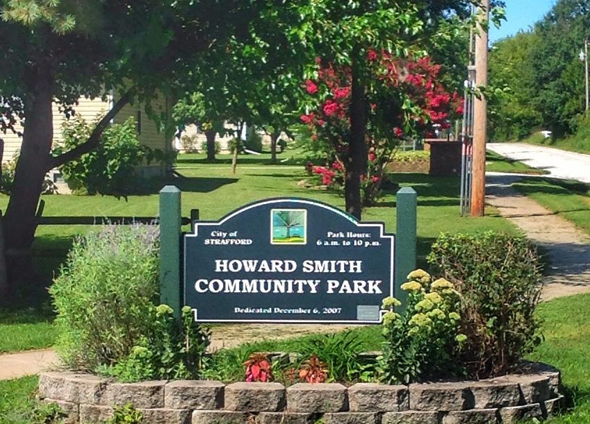 Howard Smith Community Park Offers Two Pavilions For Picnics And Meetings Sets Of Playground Equipment Slides Several Charcoal Grills