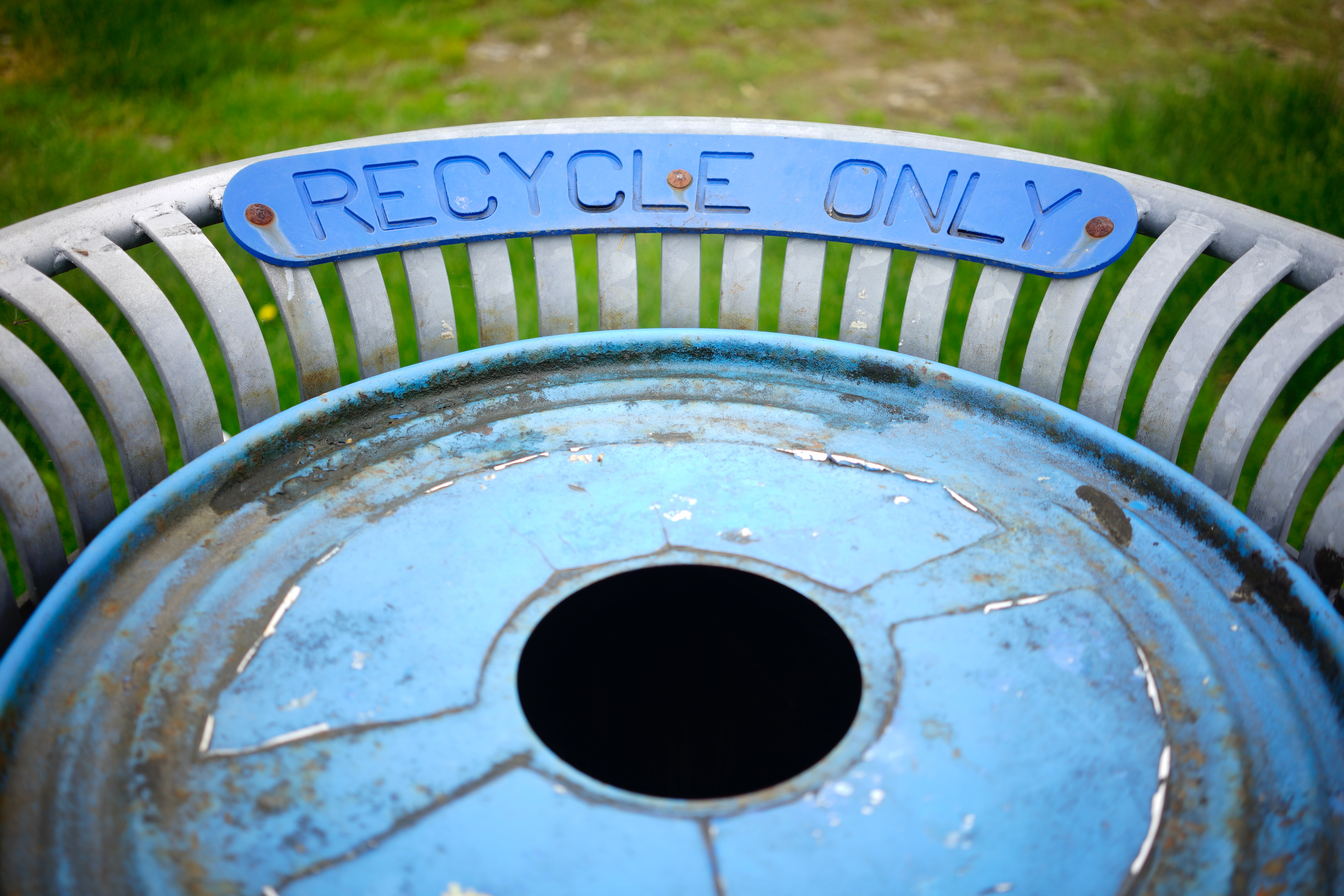 Image of a recycle only container