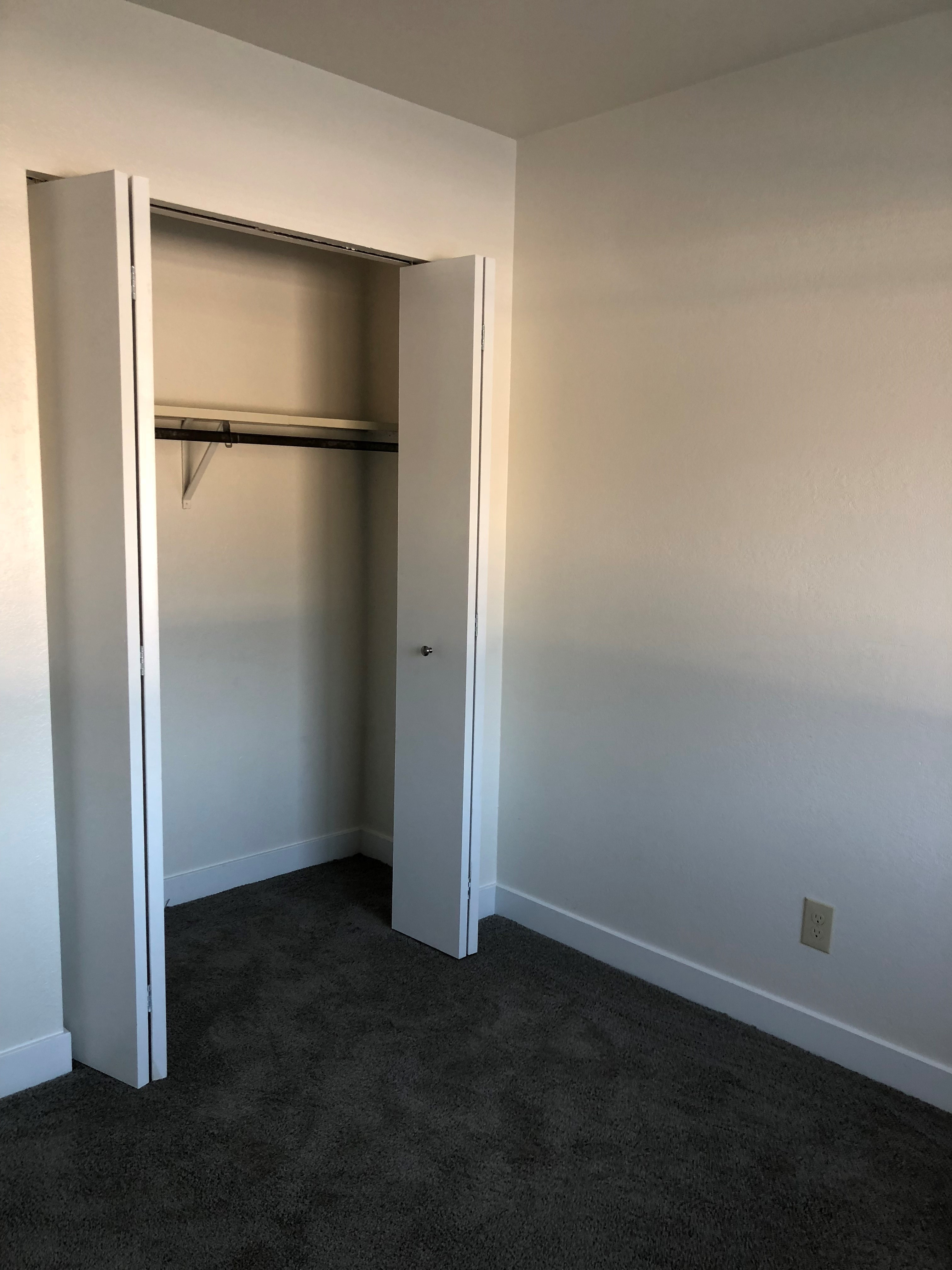2nd bedroom 2 br