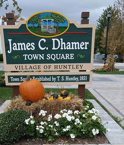 Town Square Sign Fall 2018.resized